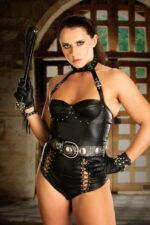 Mistress Sara Lips