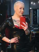Leeds Mistress Firefly.